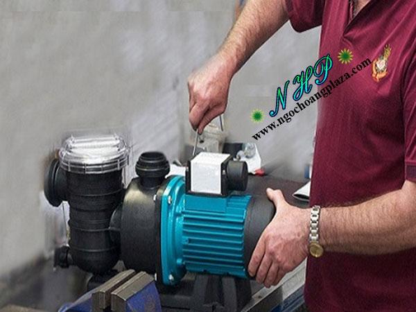 Sửa máy bơm nước tại nhà quận 12