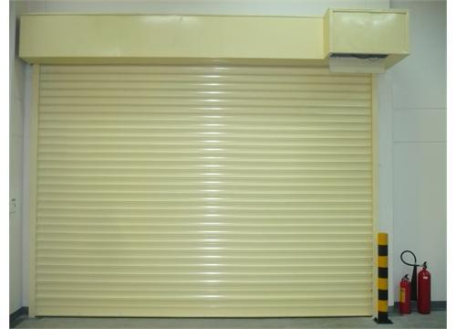 thợ sửa chữa cửa cuốn tại TP HCM